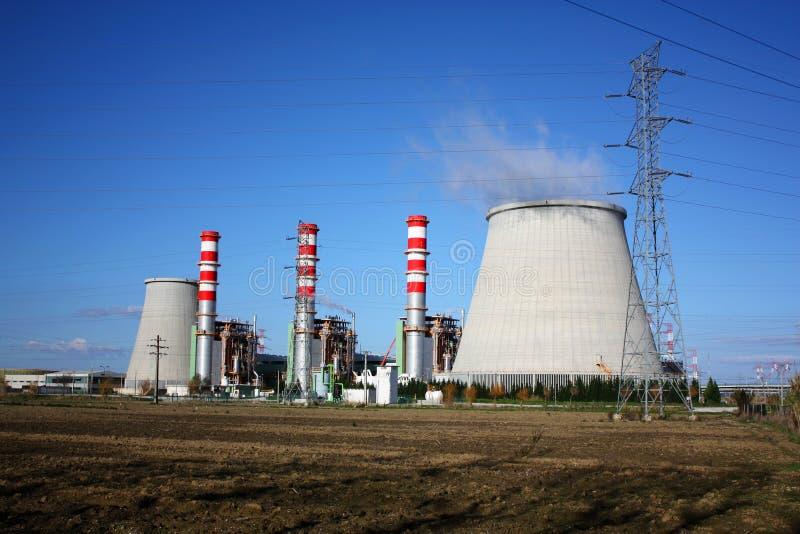 Camini della centrale elettrica fotografia stock