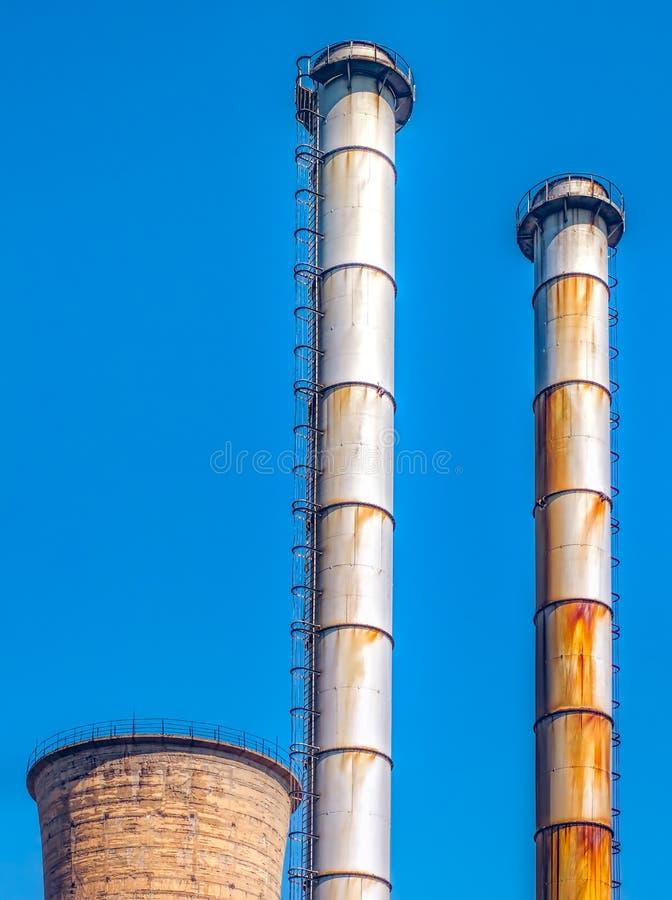 Camini industriali fotografia stock libera da diritti