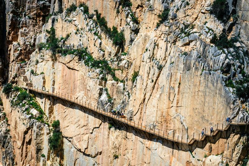 Caminito Del Rey - bergweg langs steile hellingen in Andalusia royalty-vrije stock afbeelding