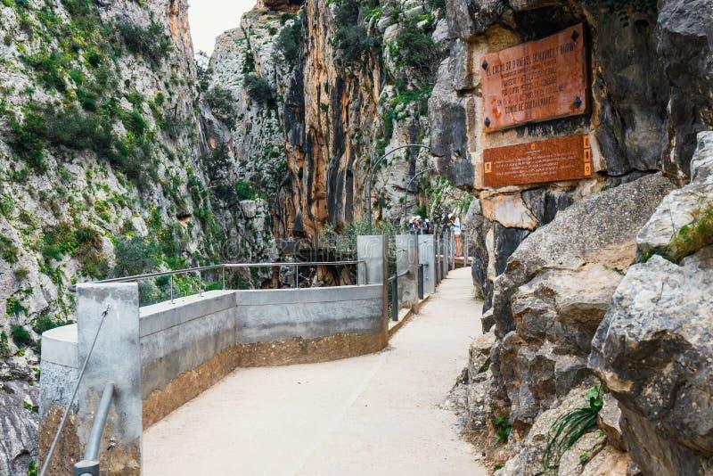 Caminito Del Rey - percorso della montagna lungo le scogliere ripide in Andalusia immagini stock libere da diritti