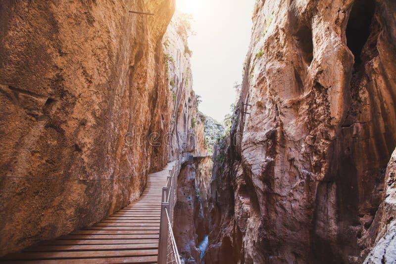 Caminito del Rey som fotvandrar rutten, El Chorro, Malaga, Spanien arkivbild