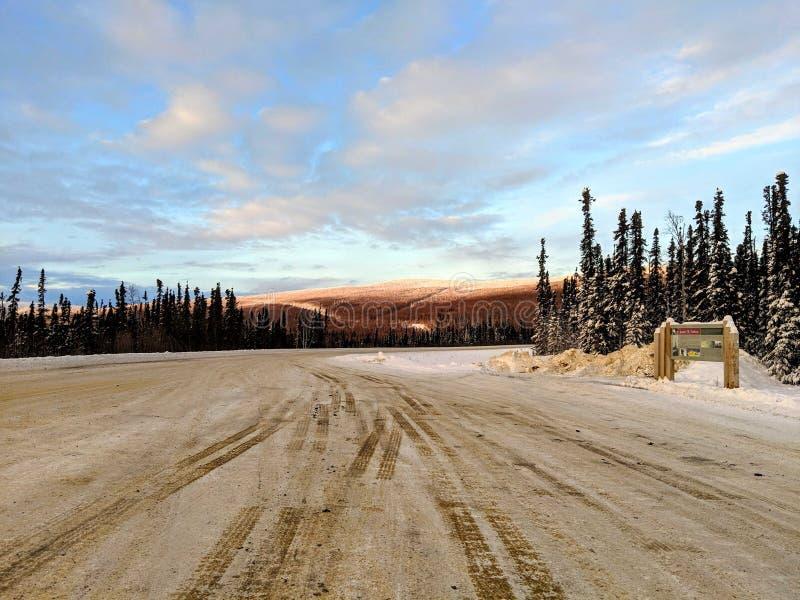 Camino al Círculo Polar Ártico fotos de archivo