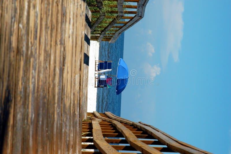 Download Camino al paraíso foto de archivo. Imagen de sillas, prístino - 1281246
