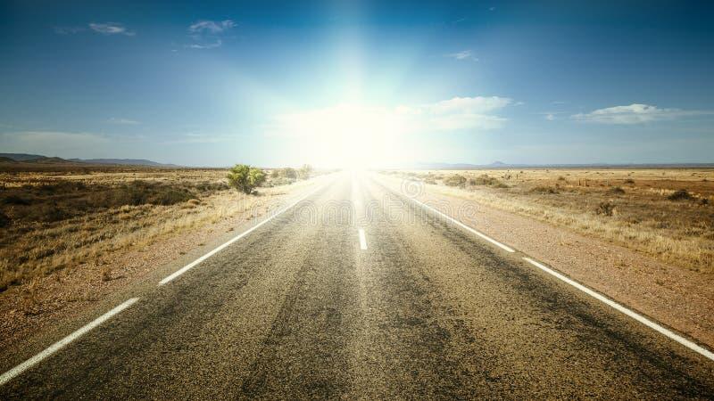 Camino al sol fotografía de archivo