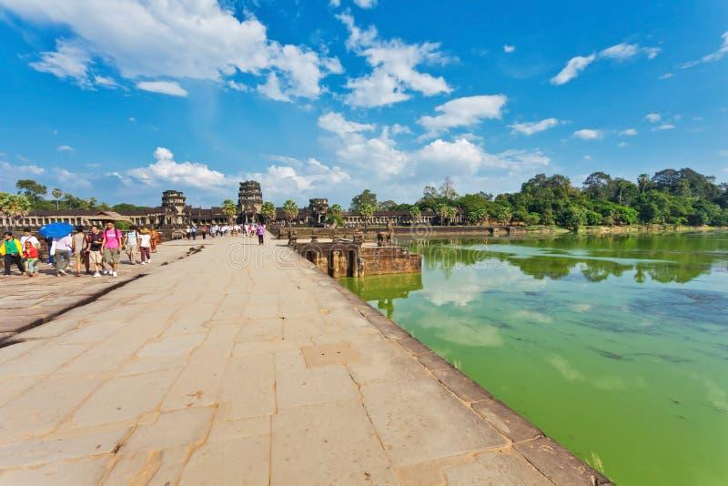 Camino al templo de Angkor Wat imagen de archivo libre de regalías