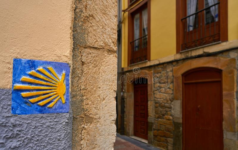 Camino de圣地亚哥圣詹姆斯标志方式  免版税库存照片