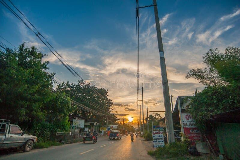 Camino de Chiang Mai por la tarde fotografía de archivo