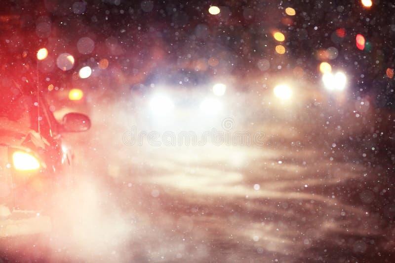 Camino de la noche del invierno imagen de archivo libre de regalías