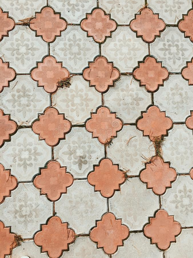 Camino de las pavimentadoras acera teja para la textura del camino imagen de archivo