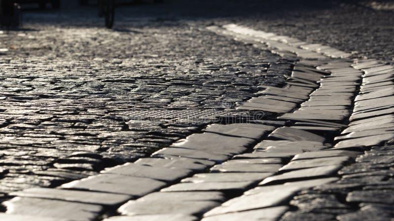 Camino de piedra viejo Kiev, calle de Andreevskaya Textura imagen de archivo libre de regalías