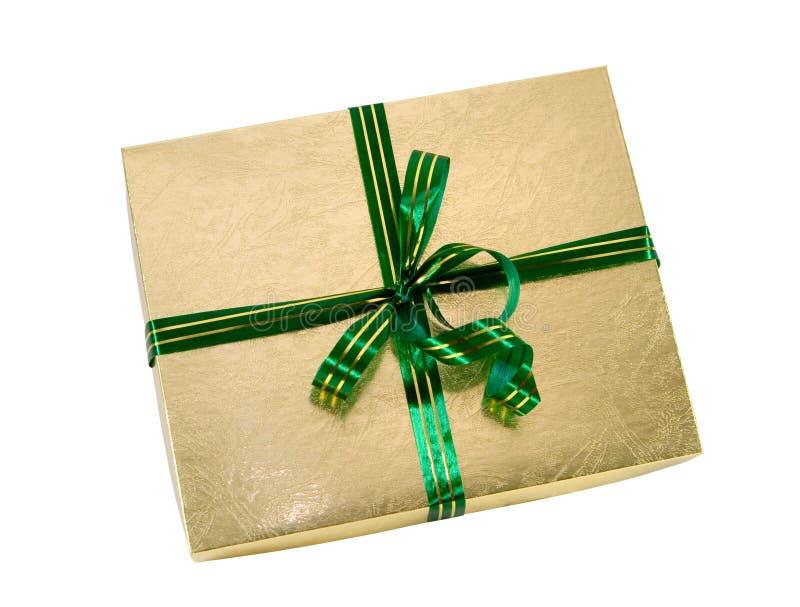 Camino de recortes de la cinta del verde del regalo del oro foto de archivo libre de regalías