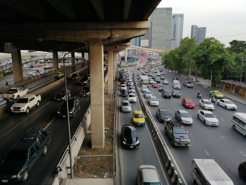 Camino de Vipawadee, Bangkok, atasco de Tailandia-mayo 16,2019 en la alta manera imagen de archivo libre de regalías