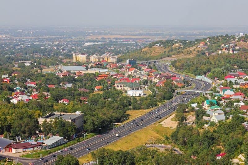Camino del este de puente a Almaty foto de archivo libre de regalías