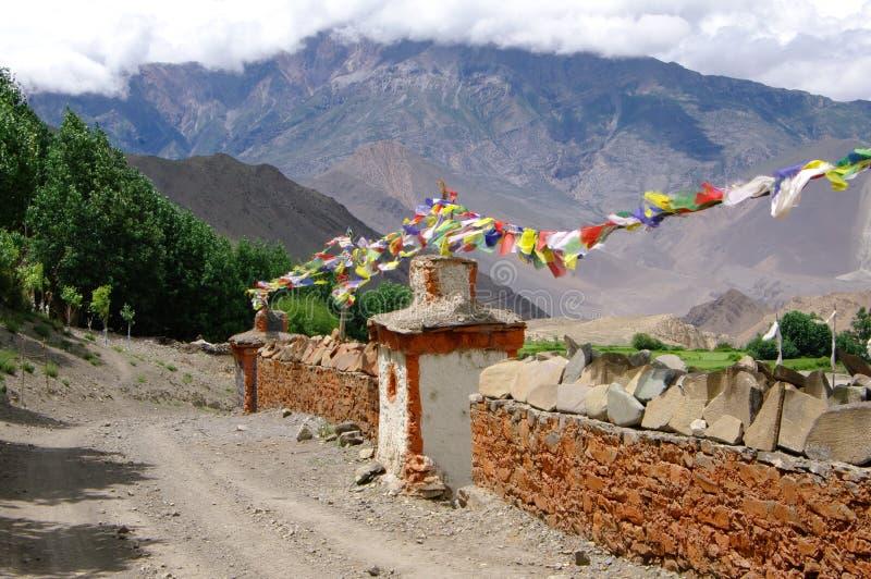 Camino del Nepali cerca de Jharkot fotos de archivo libres de regalías