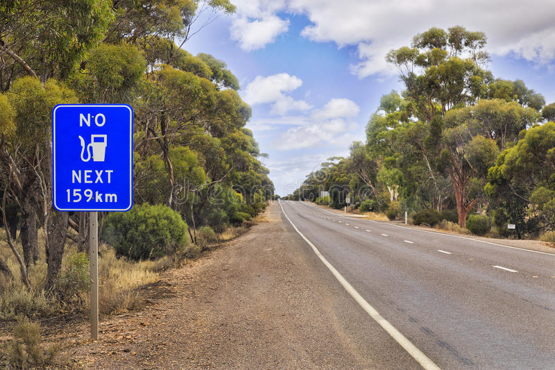 Camino del SA ningún combustible 159 kilómetros imagen de archivo libre de regalías