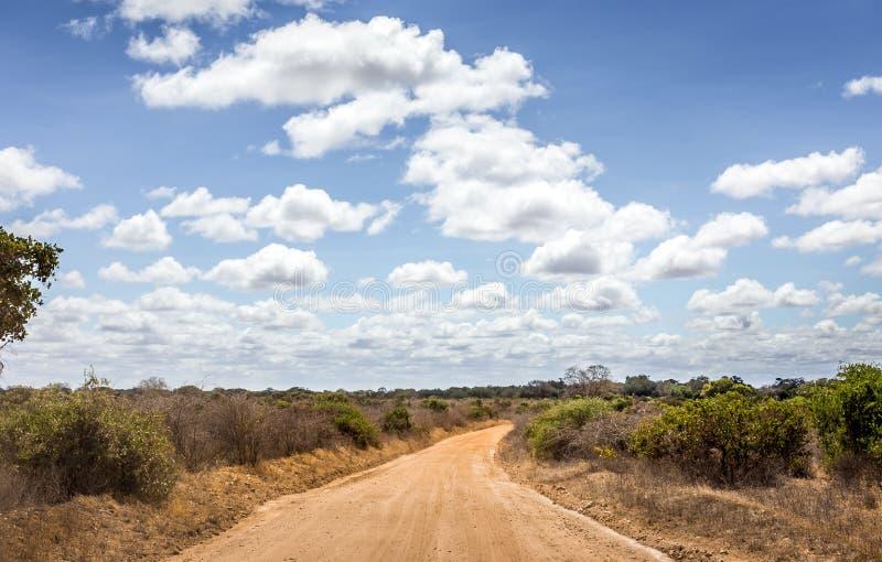 Camino del safari en Kenia foto de archivo