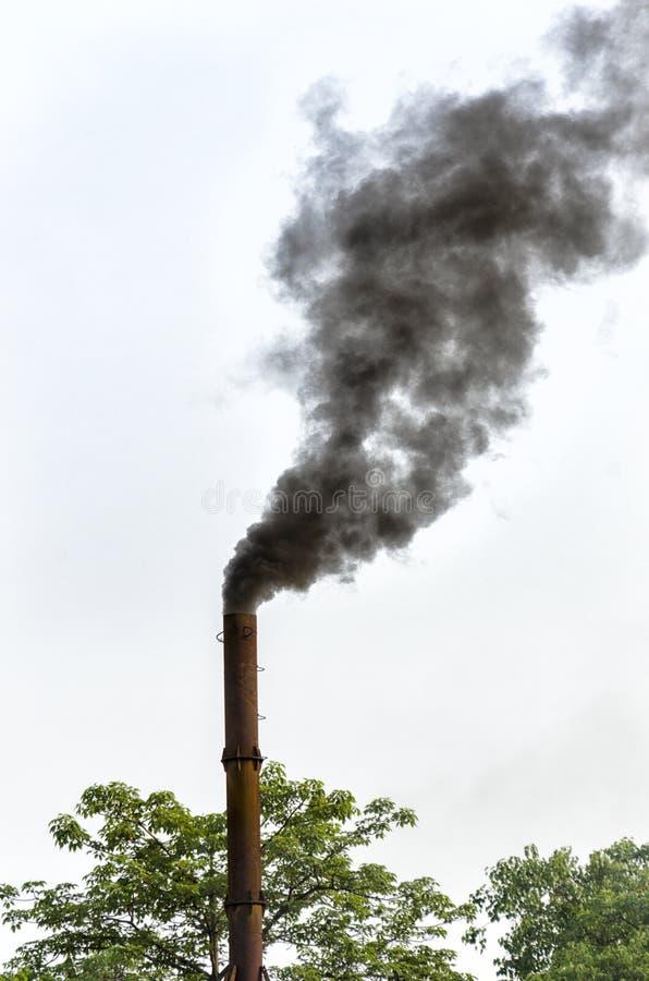 Camino e fumo fotografia stock