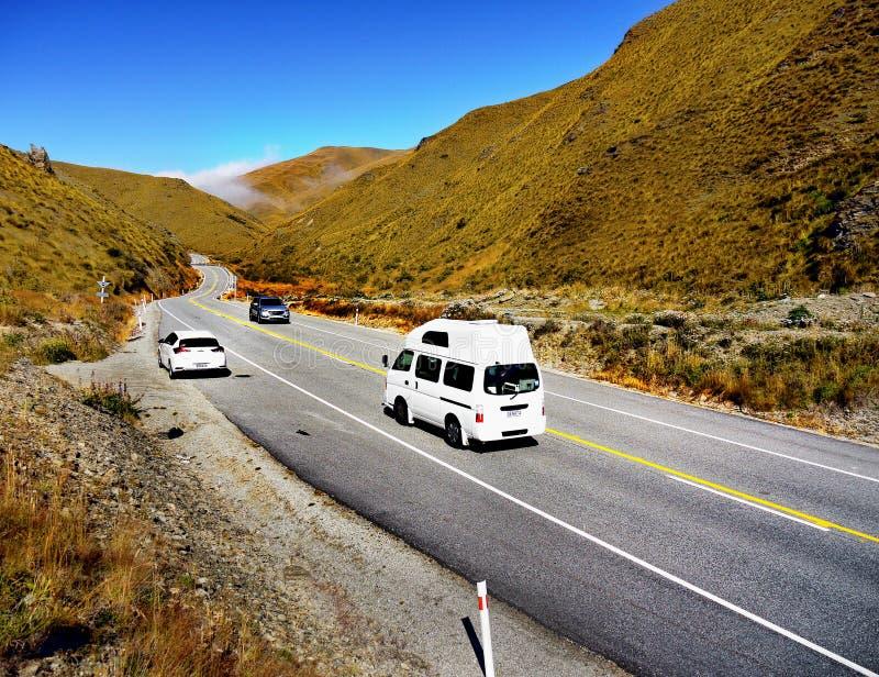 Camino escénico de la montaña de Nueva Zelanda foto de archivo