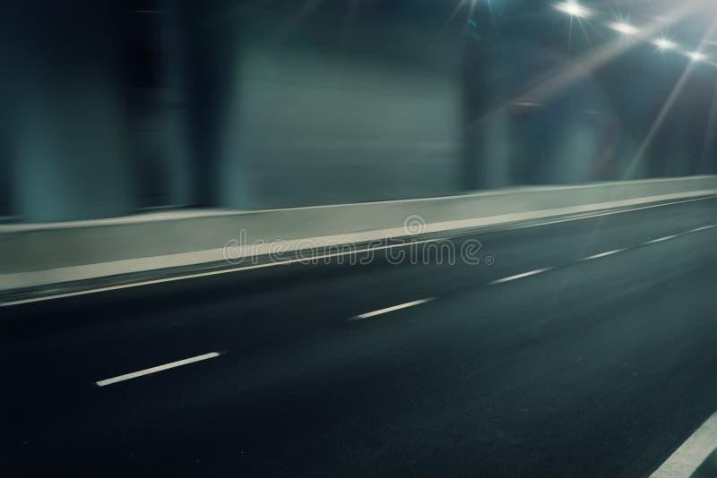 Camino futurista de la falta de definición de movimiento en túnel