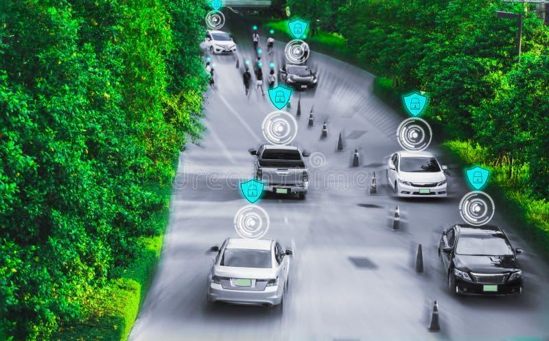 Camino futurista del genio para el uno mismo inteligente que conduce los coches, sistema de inteligencia artificial, detectando o imágenes de archivo libres de regalías