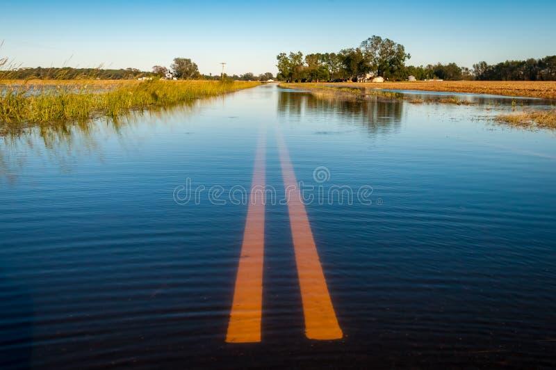 Camino inundado imagen de archivo