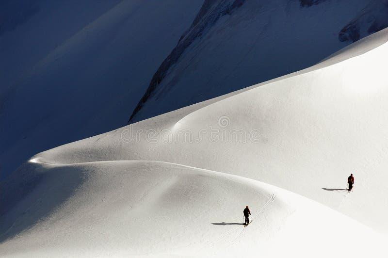 Camino a Mont Blanc imagen de archivo libre de regalías