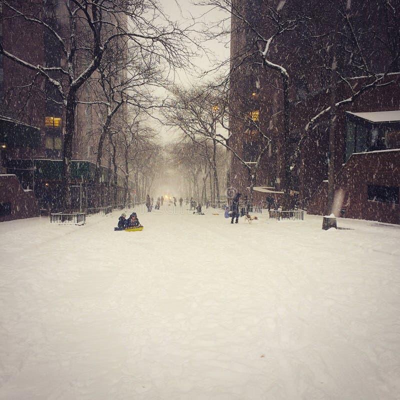Camino nevado vacío imágenes de archivo libres de regalías