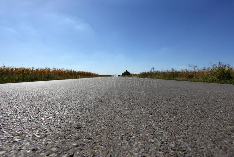 Camino recto largo