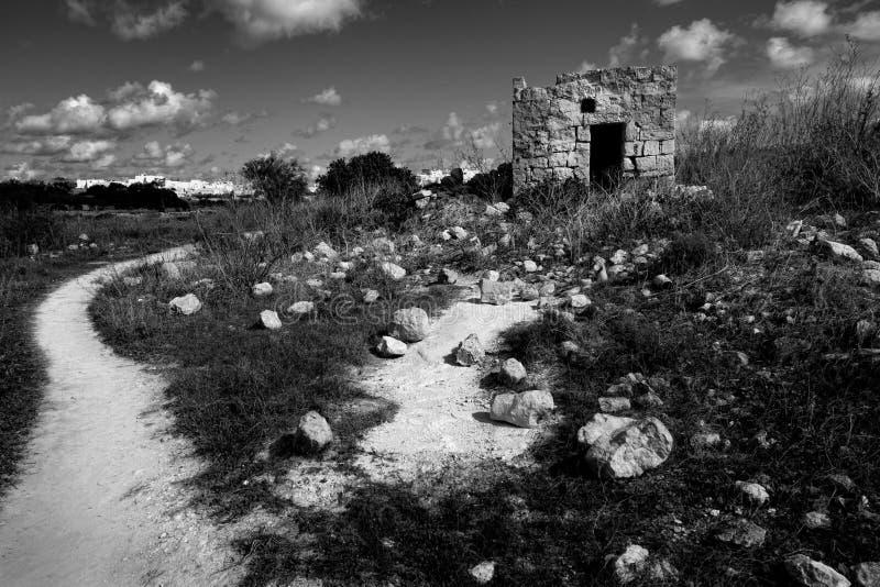 Camino y piedras malta foto de archivo libre de regalías