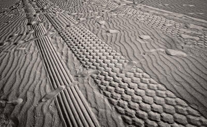 Caminos cruzados imagenes de archivo