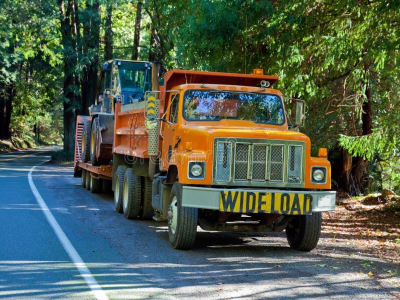 Camion avec Endloader images stock