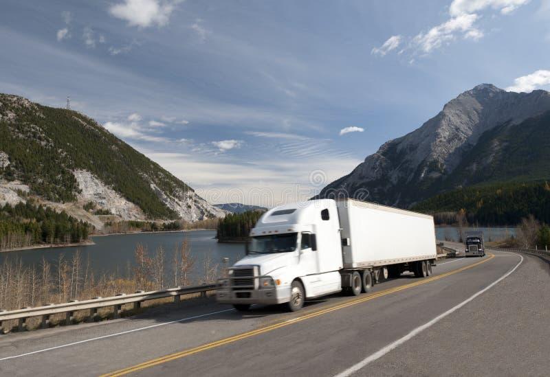 Camion blanc photos libres de droits