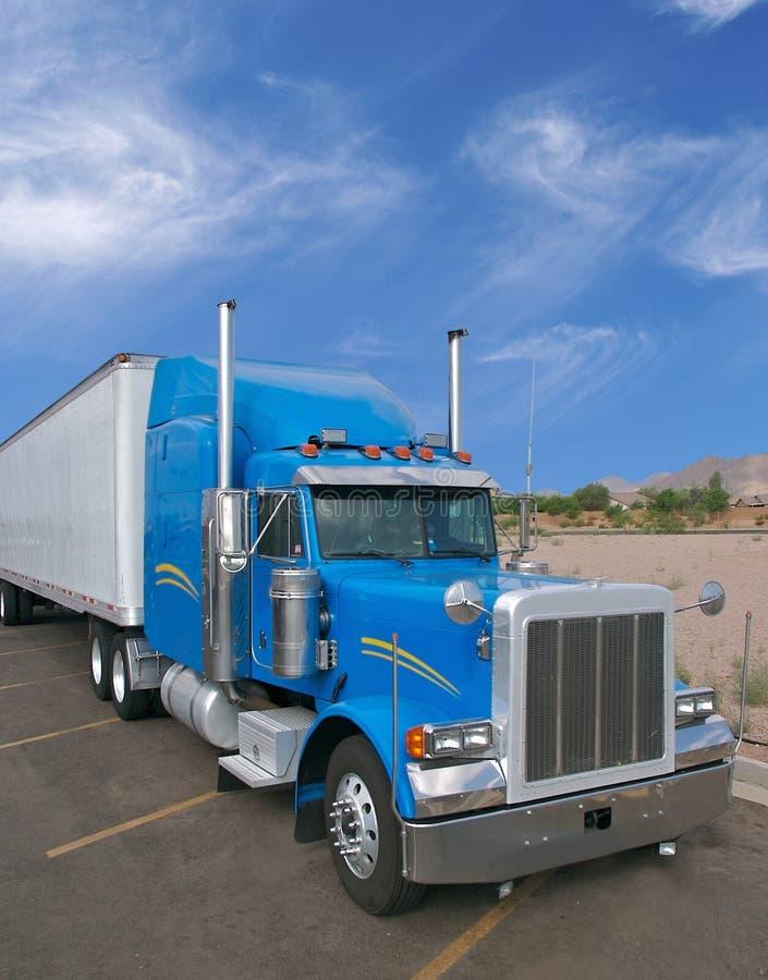 Camion bleu image libre de droits
