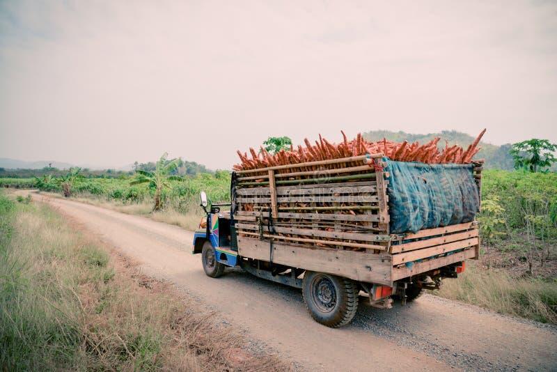 Camion caricato fotografie stock