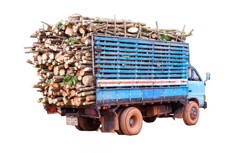 Camion caricato con legname isolato su fondo bianco fotografia stock