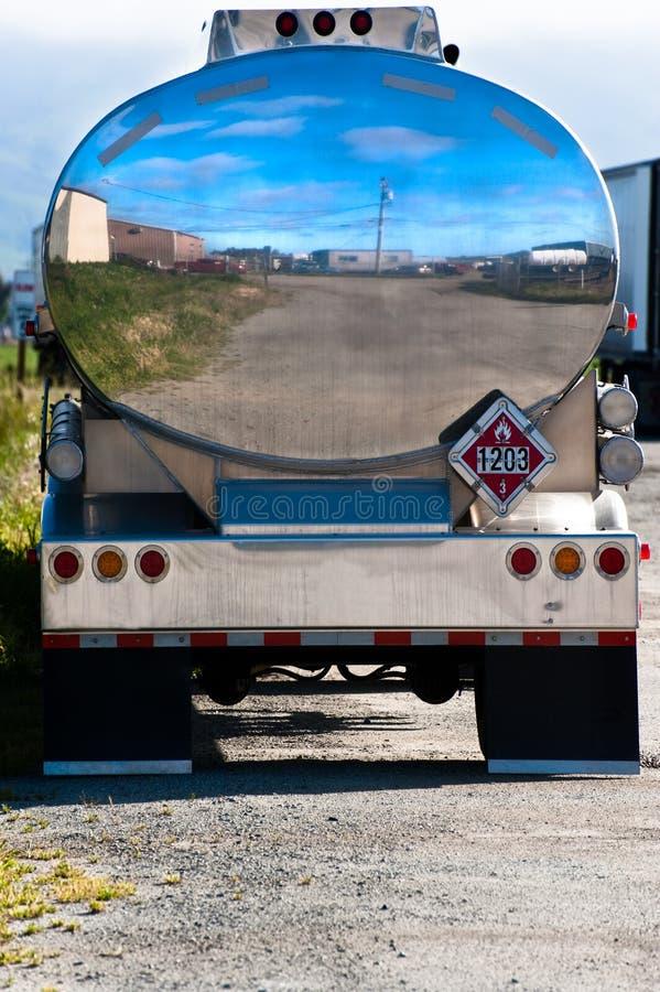Camion-citerne de gaz images stock
