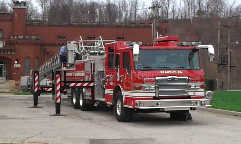 Camion d'échelle du feu images libres de droits
