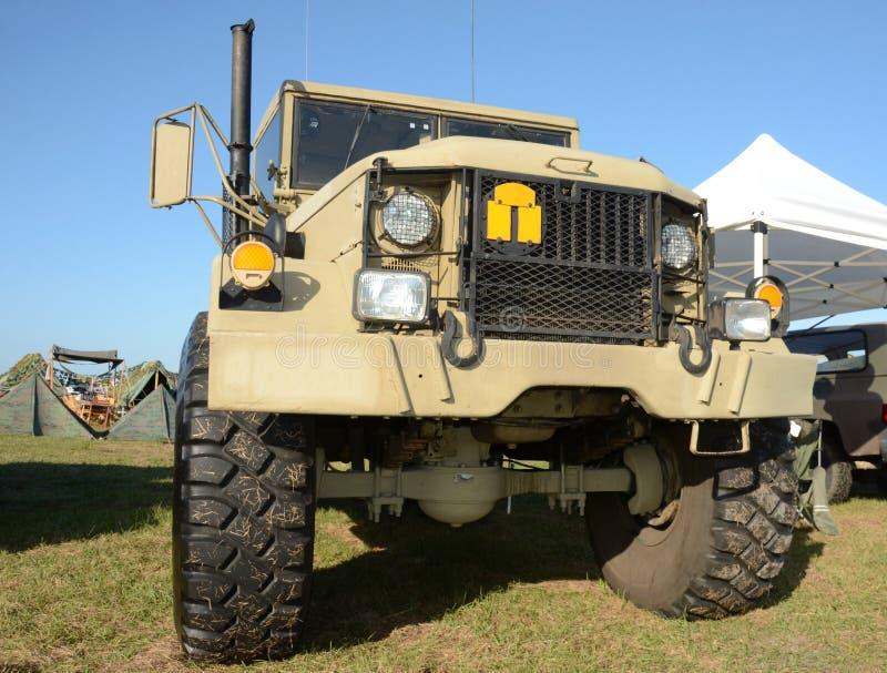 Camion d'armée moderne image stock