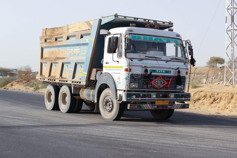 Camion d'Indien de Barmer Ràjasthàn de désert photographie stock