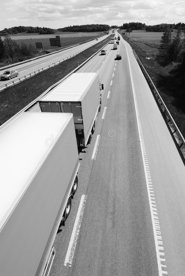 Camion dans noir/blanc photos libres de droits