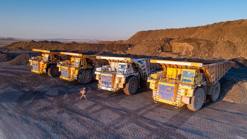 Camion de charbonnage photo stock