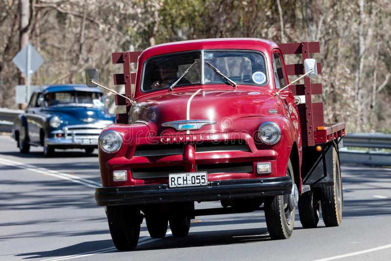 Camion 1955 de Chevrolet C1100 TrayTop image stock