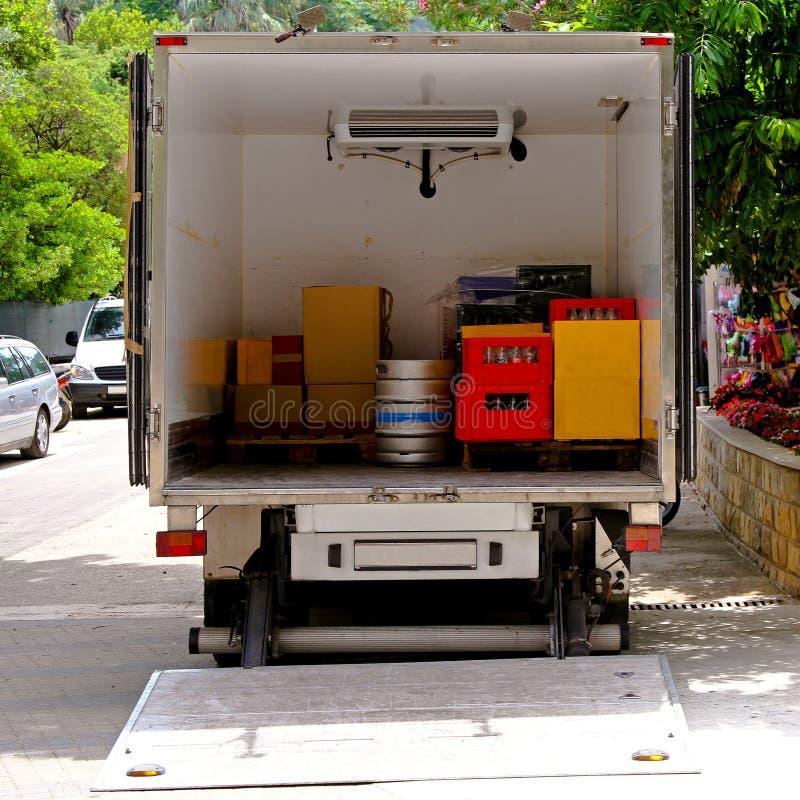 Camion de distribution image stock