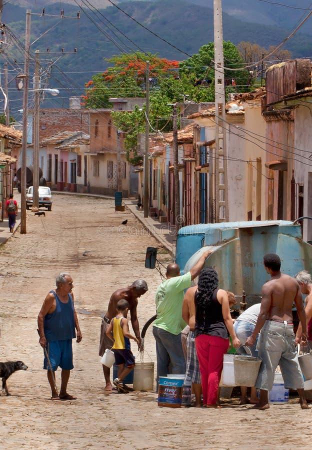Camion de l'eau au Trinidad, Cuba image stock
