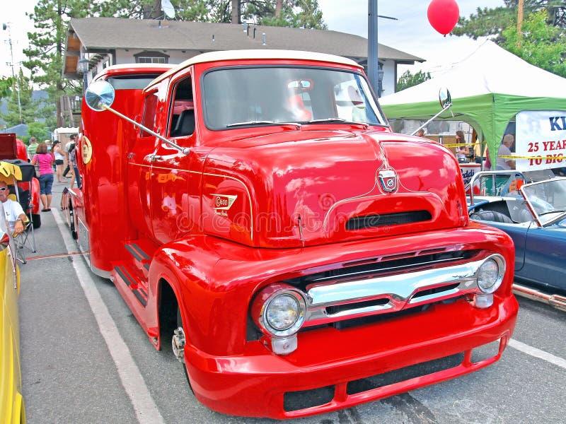 Camion de lit plat de Ford image stock