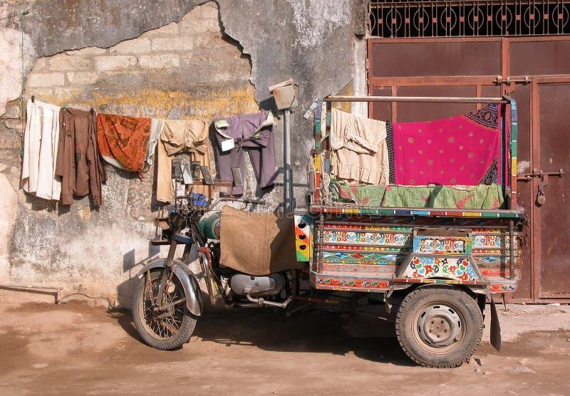 camion de moto de l'Inde image libre de droits