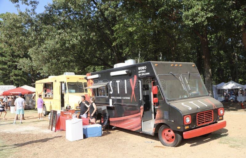 Camion de nourriture chez le Germantown, festival annuel 2017 de TN photos libres de droits