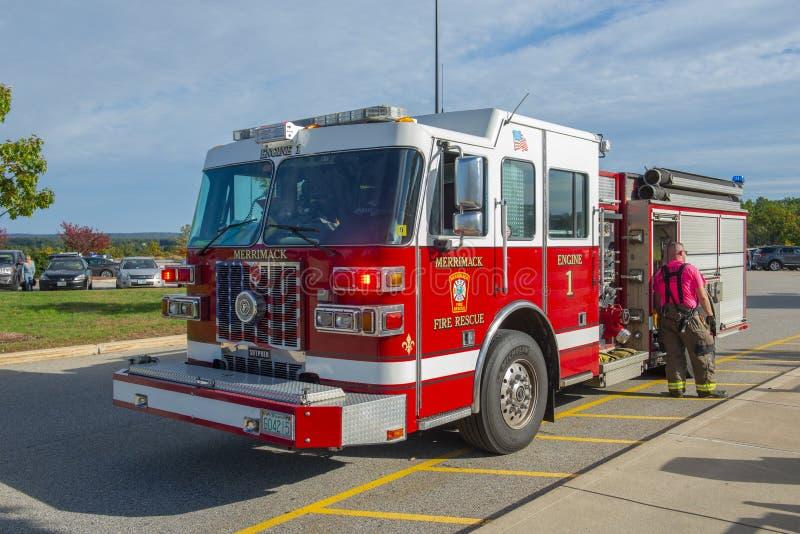 Camion dei vigili del fuoco nel reparto del fuoco in Merrimack, NH, U.S.A. immagine stock libera da diritti