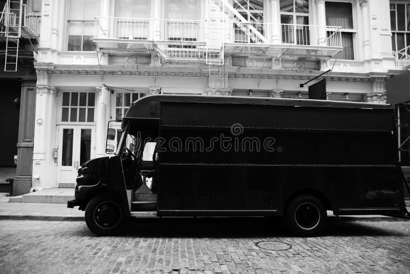 Camion del trasporto all'esterno fotografia stock libera da diritti
