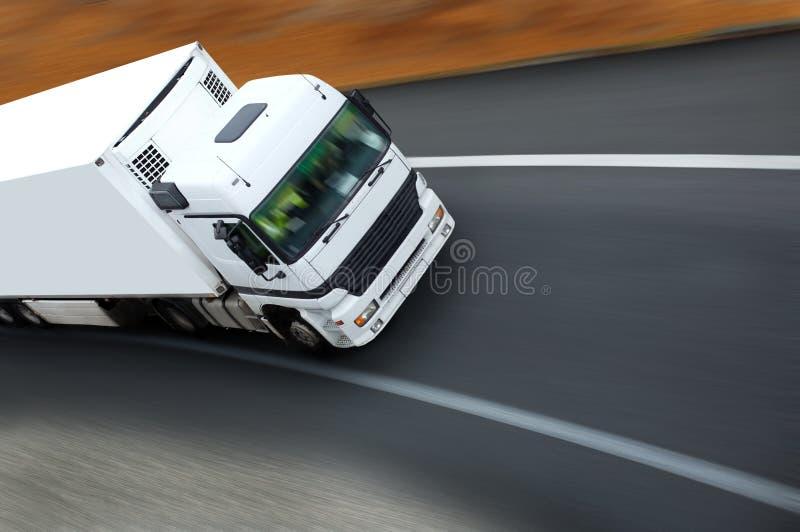 Camion en sortie de Courbe lizenzfreies stockbild